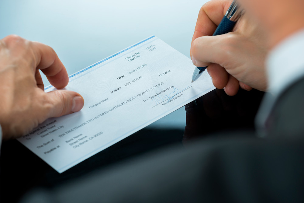 Pay by Cheque Image