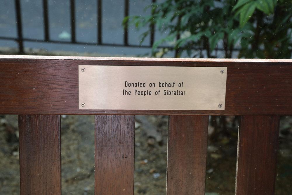 Plaque on Bench Imagen